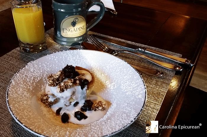 Breakfast, Engadine Inn & Cabins