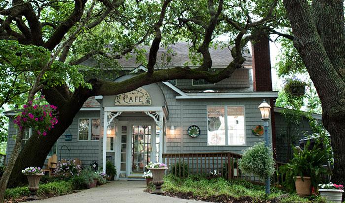 The Colington Cafe